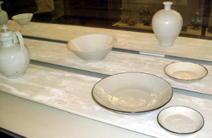 Edmund de Waal selected Chinese porcelain